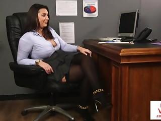 Office honey teaches slave bonking partner to masturbate