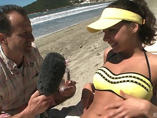 Henessy fucks a impede news weathergirl out of reach of a public beach