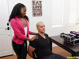 Sexy ebony Anne Amari is a real master of a hand job before a doggy style