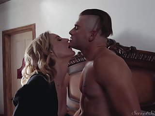 Blonde slut Mona Wales loves to get fucked by her younger lover