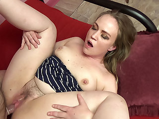 Older man gets to fuck a cute chubby blonde amateur