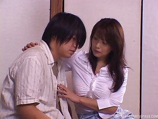 Hairy pussy model Rui opens her legs to ride a large dick