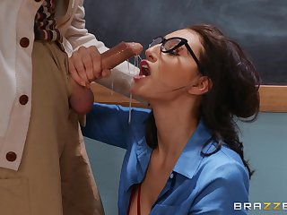 Supreme oral fun in the classroom with the teacher's old cock