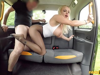 Hardcore fucking in the back of the taxi with slutty Tara Spades