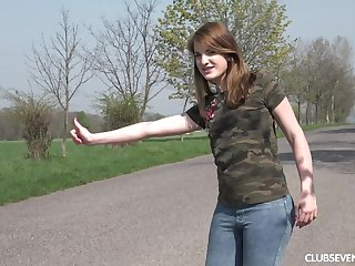 blowjob by the car is something that Kizzy Sixx adores with a stranger